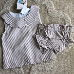 NWT brown and white seersucker top and bloomer set